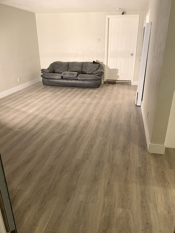 Luxury Vinyl Plank Flooring 120 Sqft For Sale In Sacramento Ca Offerup