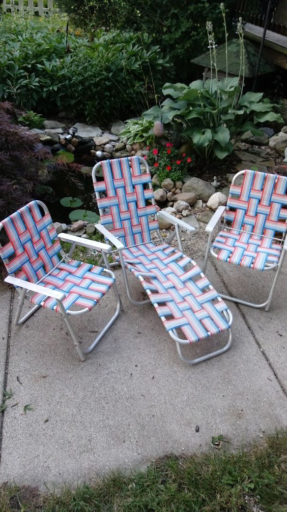 Vintage Kids Woven Lawn Chairs