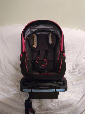 Graco car seat w/base for Sale in Dallas, TX