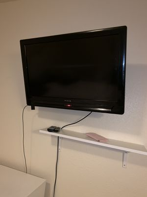 32 in flat screen TV for Sale in Oxon Hill, MD
