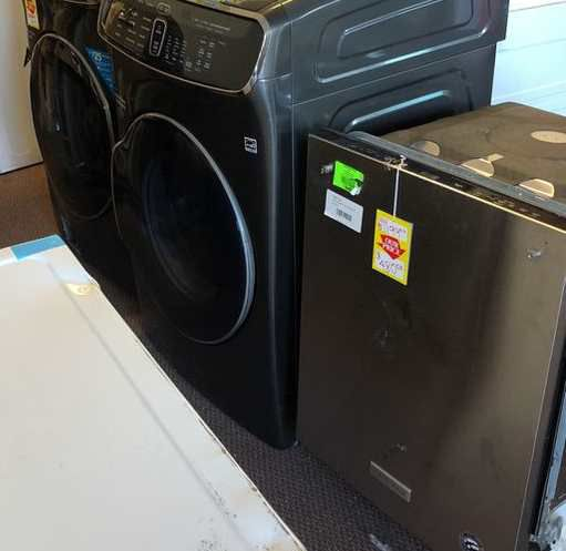 Washer And Dryer Liquidation UI8