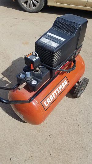 Photo Craftsman 20 gal. air compressor