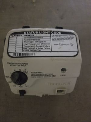 Honeywell WV8840B1042 Water Heater Gas Control Valve for Sale in Springfield, OH