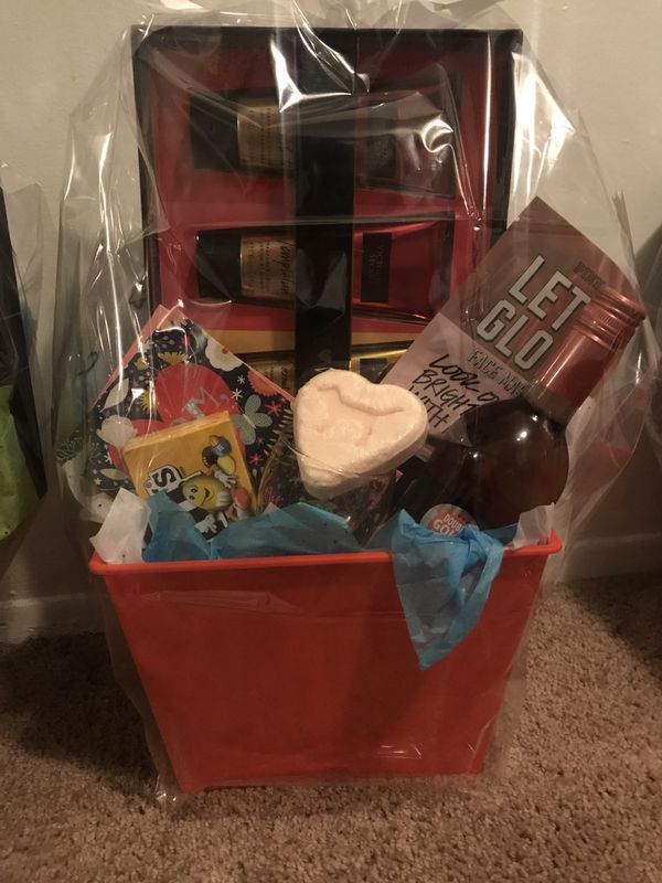 f322a78e455dd Mother's Day gift baskets for Sale in Fraser, MI - OfferUp