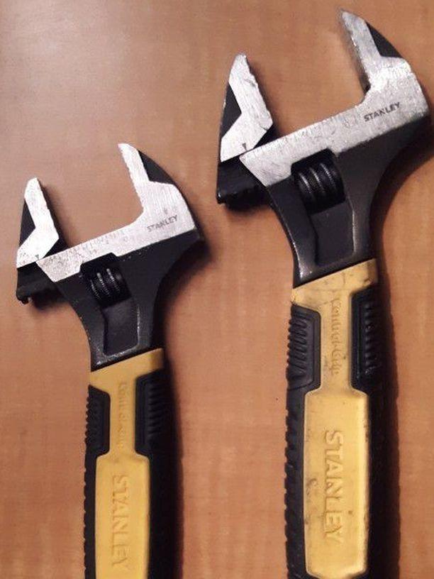 "Stanley Adjustable Wrench Set, 10"" & 8"""