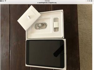 IPad mini 16 Gb excellent limit use OBO for Sale in Sterling, VA