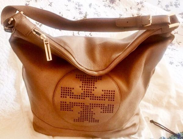abbf5b9c0360 TORY BURCH - Kipp Hobo Purse (Tan Color) 💯 Authentic for Sale in ...