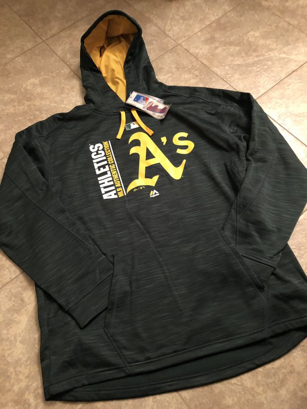 half off ed1df 12cd7 Men's Majestic Oakland A's Hoodie XL for Sale in San Jose, CA - OfferUp