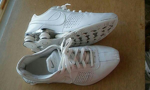 db1845fd2dd Sz 8 women Nike shox 2002 for Sale in Mount Vernon