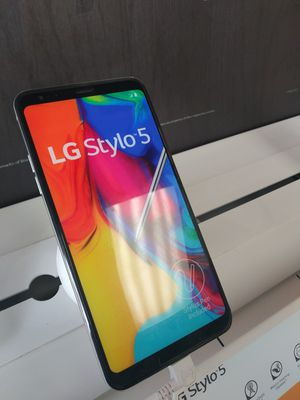 Photo NEW STYLO 5X 5G READY BOOST MOBILE