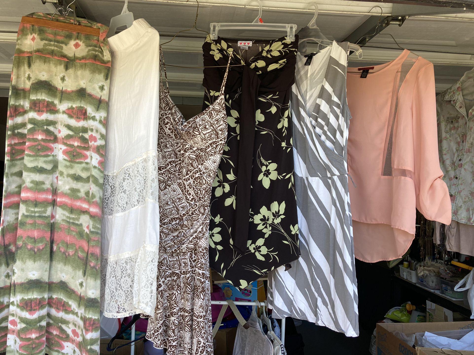 Ladies Skirts, Dresses, Blouse Size M