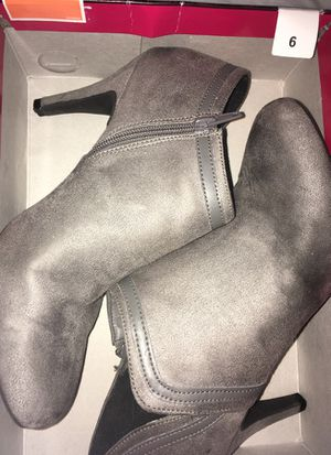 Women's size 9 for Sale in Frederick, MD