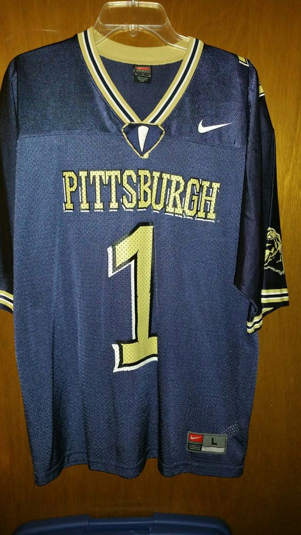 outlet store 3252a 91e1d Pitt Panthers Larry Fitzgerald jersey for Sale in Pittsburgh, PA - OfferUp