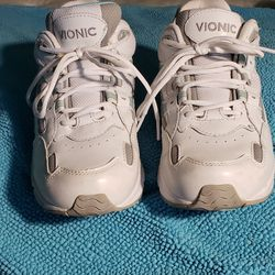 Vionic womens sneakers Thumbnail