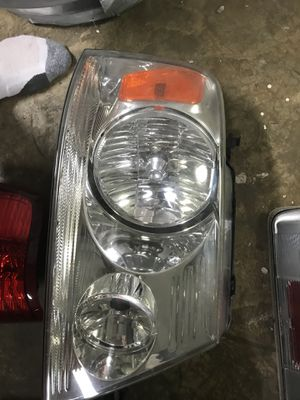 2004 -2008 Ford F-150 headlights pair for Sale in Silver Spring, MD