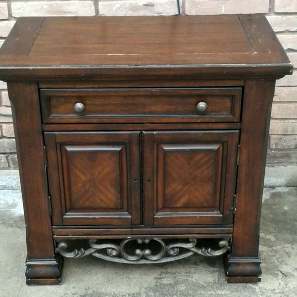 Collezione Europa Real Wood Cast Iron Tv Stand End Table Heavy Rustic