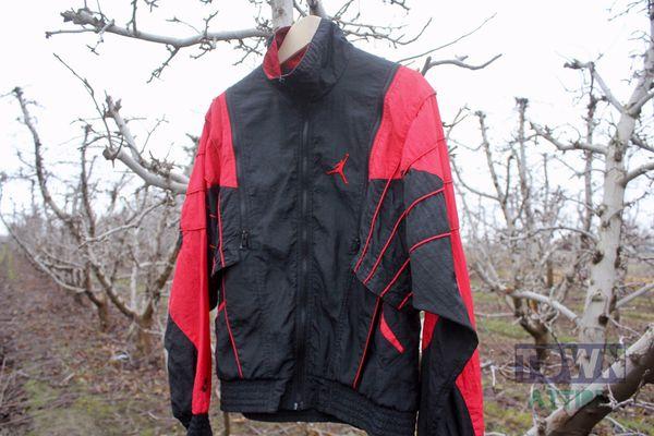 1535702de73 Vintage Nike Jordan jacket for Sale in Wenatchee, WA - OfferUp
