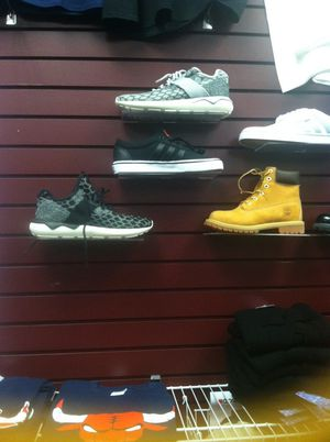 Name brand shoes selling for cheaper than the stores for Sale in Chicago, IL