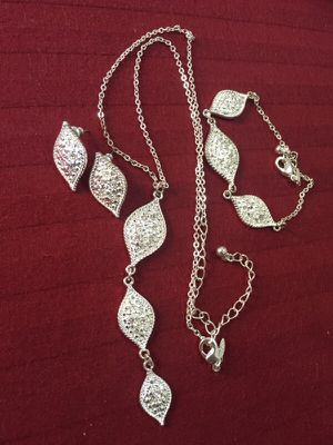 New and Used Jewelry   accessories for Sale in Bronx 7bc91356692