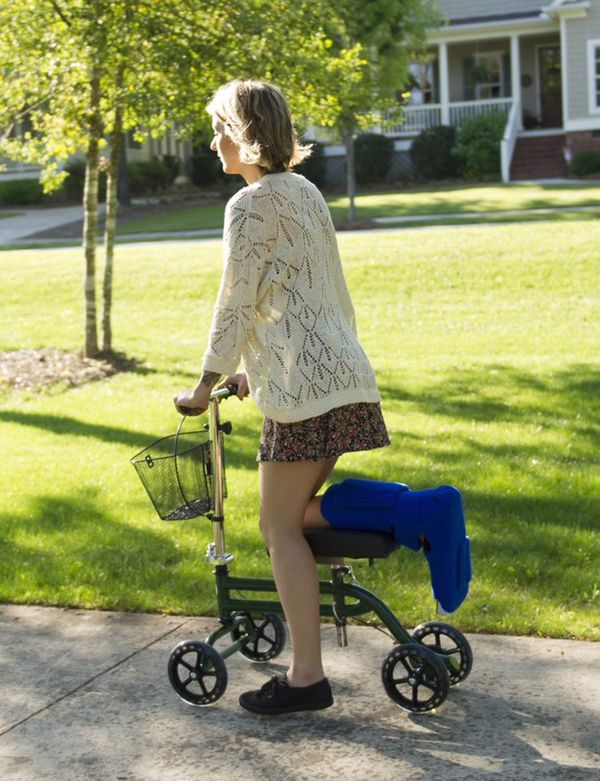 Knee Walker Rent For 69 A Month Knee Scooter
