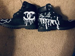 Timberlands WOMENS 8 for Sale in Oxon Hill, MD