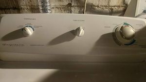 Frigidaire gas dryer for Sale in Fairview Park, OH