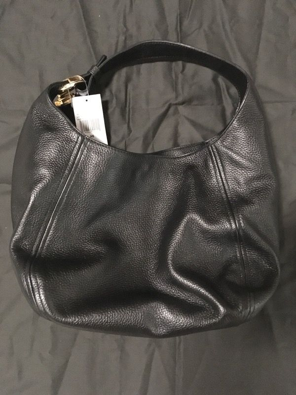 f6db59ee08e1 Michael Kors Fulton Large Slouchy Shoulder Bag - Black Leather - NWT for  Sale in San Diego, CA - OfferUp