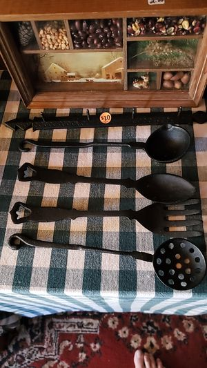Cast iron set with hanger for Sale in Farmville, VA