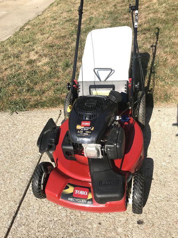 Toro 22 in  Kohler High Wheel Variable Speed Gas Walk Behind Self Propelled  Lawn Mower for Sale in Florissant, MO - OfferUp