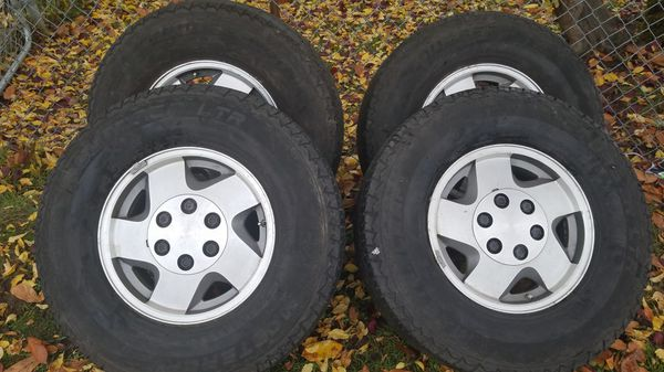 Tire Set Of 4 For Sale In Des Moines Wa Offerup