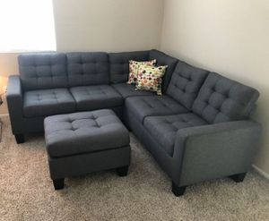 Brand new grey linen sectional sofa with ottoman for Sale in Kensington, MD