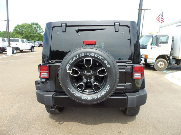 Jeep Rims And Tires >> Jeep Rims And Tires For Sale In Mokena Il Offerup
