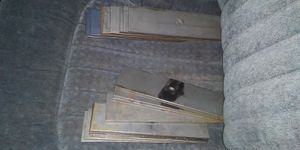 Photo BRAND NEW EDGER BLADES IT WILL FIT ALL EDGERS I HAVE ABOUT 25 OF THEM CLICK IN MY PICTURE AND YOU CAN SEE EVERYTHING THAT I'M SELLING THANKS.