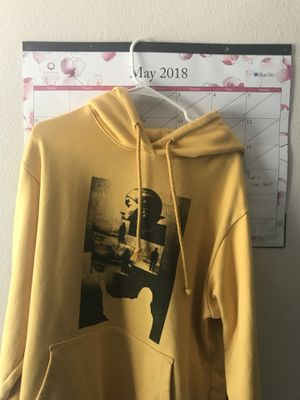424 FAIRFAX Yellow cotton printed hoodie (LARGE) for Sale in Fontana, CA