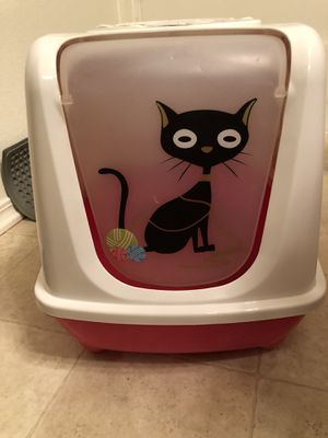 Whole Litter box with mat for Sale in Fairfax, VA