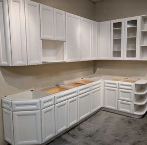 New And Used Kitchen Cabinets For Sale In Pinellas Park Fl Offerup