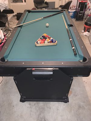 Photo Fat Cat 2-in-1 Pockey pool and air hockey table!