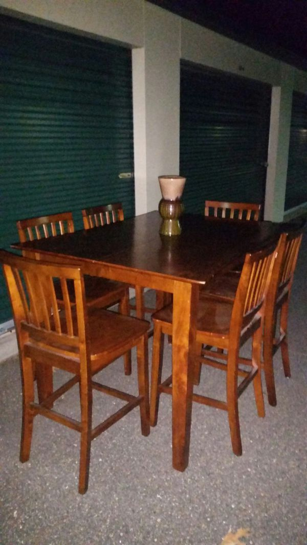 Solid Wooden Kitchen Dining Table 6 Bar Chairs Furniture In Hampton Va Offerup