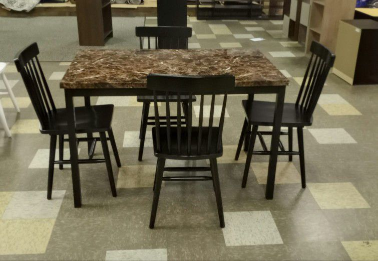 BRAND NEW  Roundhill Noyes Metal 5 Piece Dining Set  with Laminated Faux Marble Top