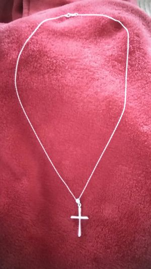 Sterling silver cross necklace with chain for Sale in TN, US