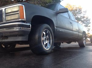 Photo 18 inch rims and tires