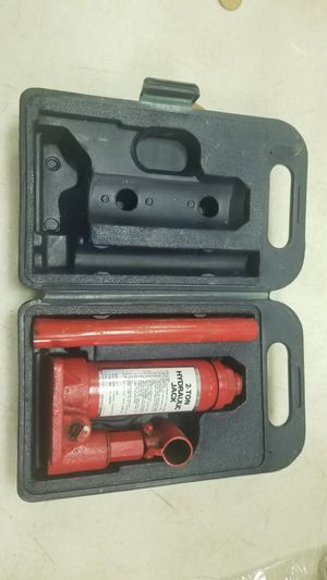 2 Ton hydraulic jack for Sale in St. Louis, MO