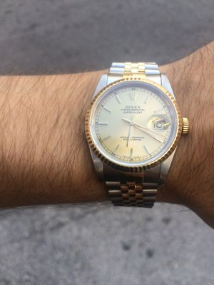 Box and Papers Rolex Datejust 36mm 2 tone 18k gold jubilee band champagne face 18k gold mint diamond for Sale in Orlando, FL