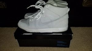 8490d6e3b92a Nike Dunks Sz 11 Peewee s for Sale in Milpitas