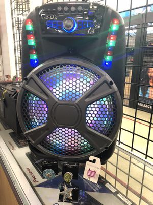Speaker with Bluetooth USB port radio and microphone 8inch for Sale in Kissimmee, FL
