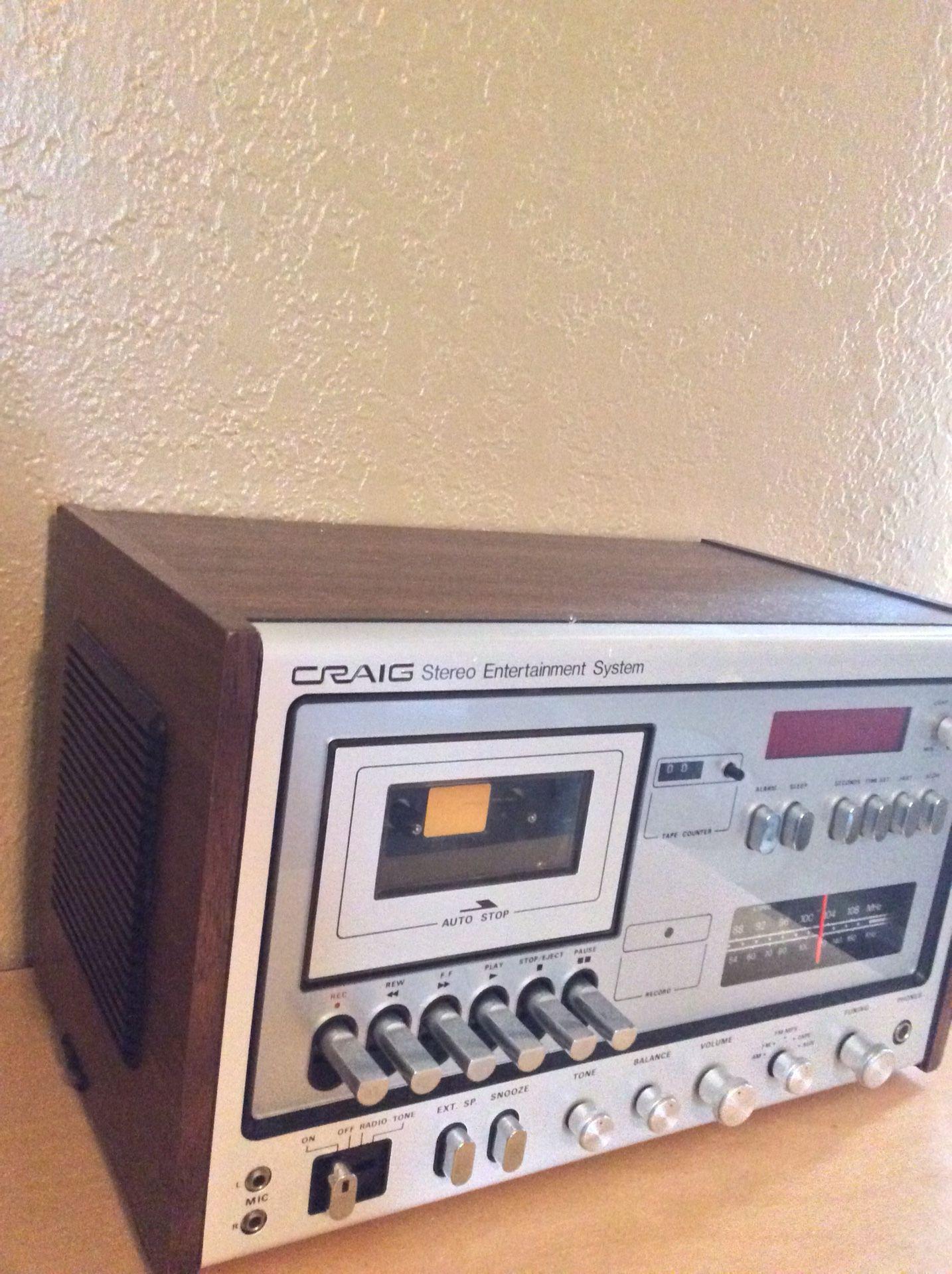 Vintage Craig stereo/entertainment system