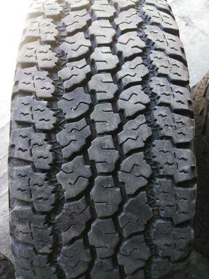 Photo Single tire LT245-75-17 Goodyear Wrangler adventure