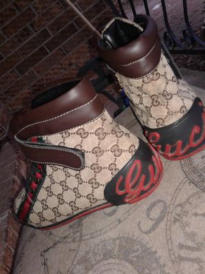 3e0e61791 New and Used Gucci shoes for Sale in Pine Bluff
