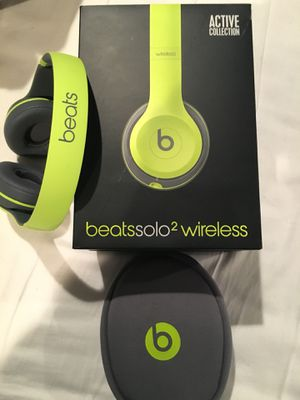 Beats Solo 2 Wireless for Sale in Clifton, VA