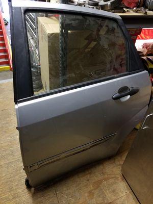 2001 driverside passenger door for Sale in PECK SLIP, NY